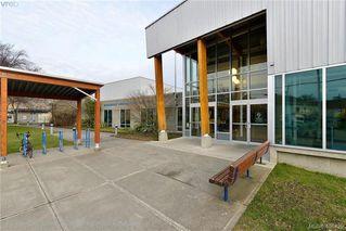 Photo 25: 854 Old Esquimalt Road in VICTORIA: Es Old Esquimalt Single Family Detached for sale (Esquimalt)  : MLS®# 406429