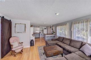 Photo 17: 854 Old Esquimalt Road in VICTORIA: Es Old Esquimalt Single Family Detached for sale (Esquimalt)  : MLS®# 406429
