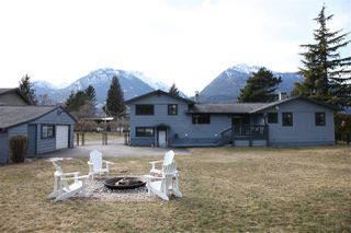 Photo 17: 40228 DIAMOND HEAD Road in Squamish: Garibaldi Estates House for sale : MLS®# R2348707