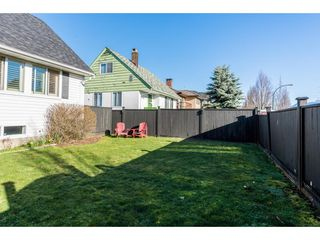 Photo 2: 3437 DIEPPE Drive in Vancouver: Renfrew Heights House for sale (Vancouver East)  : MLS®# R2349397