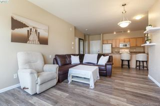Photo 4: 213 1959 Polo Park Court in SAANICHTON: CS Saanichton Condo Apartment for sale (Central Saanich)  : MLS®# 407066