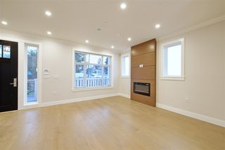 Photo 9: 1311 E 13TH Avenue in Vancouver: Grandview VE House 1/2 Duplex for sale (Vancouver East)  : MLS®# R2354264