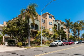 Photo 2: HILLCREST Condo for sale : 2 bedrooms : 3990 Centre St #101 in San Diego