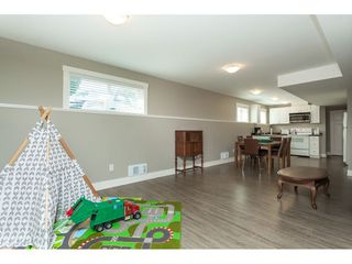 Photo 11: 5073 205 Street in Langley: Langley City House for sale : MLS®# R2371444