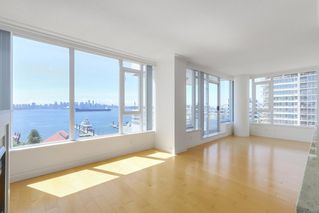 Photo 3: 602 133 E ESPLANADE in North Vancouver: Lower Lonsdale Condo for sale : MLS®# R2373549
