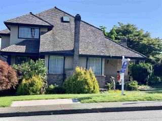 Photo 2: 398 CUMBERLAND Street in New Westminster: Fraserview NW House for sale : MLS®# R2375416