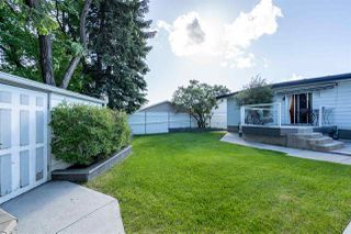 Photo 2: 11403 146 Avenue in Edmonton: Zone 27 House for sale : MLS®# E4160464