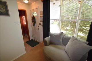 Photo 2: 285 ROSEBERRY Street in Winnipeg: St James Residential for sale (5E)  : MLS®# 1915737