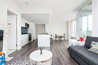 Photo 3: 1305 3100 WINDSOR Gate in Coquitlam: New Horizons Condo for sale : MLS®# R2384323