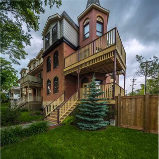 Main Photo: 11104 UNIVERSITY Avenue in Edmonton: Zone 15 Attached Home for sale : MLS®# E4164452