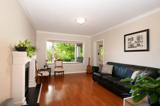 Photo 3: 6 W 11TH Avenue in Vancouver: Mount Pleasant VW House 1/2 Duplex for sale (Vancouver West)  : MLS®# R2387721