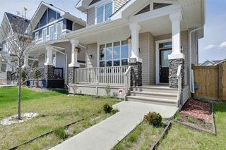 Photo 2: 1616 165 Street in Edmonton: Zone 56 House for sale : MLS®# E4168348