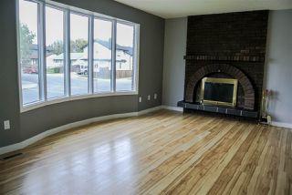 Photo 3: 15403 105 Avenue in Edmonton: Zone 21 House Half Duplex for sale : MLS®# E4172818