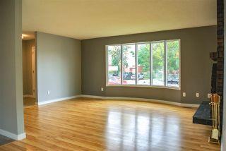Photo 5: 15403 105 Avenue in Edmonton: Zone 21 House Half Duplex for sale : MLS®# E4172818