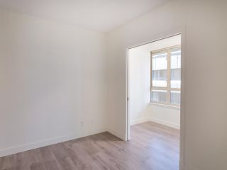"Photo 10: 911 1177 HORNBY Street in Vancouver: Downtown VW Condo for sale in ""LONDON PLACE"" (Vancouver West)  : MLS®# R2403414"