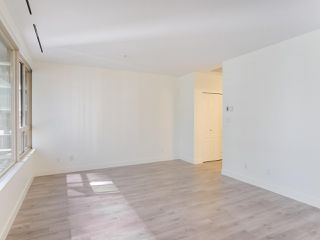 "Photo 4: 911 1177 HORNBY Street in Vancouver: Downtown VW Condo for sale in ""LONDON PLACE"" (Vancouver West)  : MLS®# R2403414"