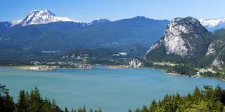 """Photo 3: 206 37881 CLEVELAND Avenue in Squamish: Downtown SQ Condo for sale in """"The Main"""" : MLS®# R2421416"""