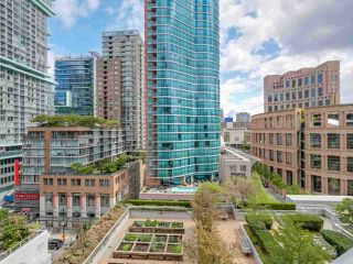 "Photo 13: 1002 833 HOMER Street in Vancouver: Downtown VW Condo for sale in ""ATELIER"" (Vancouver West)  : MLS®# R2422565"