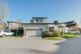 "Photo 1: 40 20881 87 Avenue in Langley: Walnut Grove Townhouse for sale in ""KEW GARDENS"" : MLS®# R2438274"