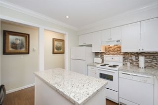 """Photo 10: 202 225 MOWAT Street in New Westminster: Uptown NW Condo for sale in """"THE WINDSOR"""" : MLS®# R2446484"""