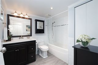"""Photo 15: 202 225 MOWAT Street in New Westminster: Uptown NW Condo for sale in """"THE WINDSOR"""" : MLS®# R2446484"""