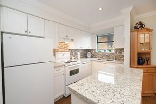 """Photo 12: 202 225 MOWAT Street in New Westminster: Uptown NW Condo for sale in """"THE WINDSOR"""" : MLS®# R2446484"""