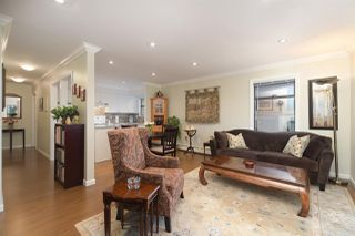 """Photo 1: 202 225 MOWAT Street in New Westminster: Uptown NW Condo for sale in """"THE WINDSOR"""" : MLS®# R2446484"""