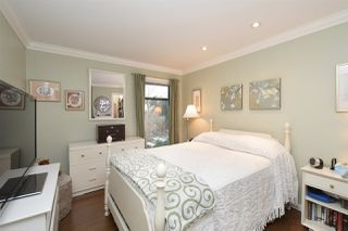 """Photo 13: 202 225 MOWAT Street in New Westminster: Uptown NW Condo for sale in """"THE WINDSOR"""" : MLS®# R2446484"""