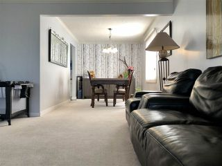 Photo 5: 679 LEE_RIDGE Road in Edmonton: Zone 29 House for sale : MLS®# E4194807