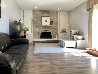 Photo 12: 679 LEE_RIDGE Road in Edmonton: Zone 29 House for sale : MLS®# E4194807