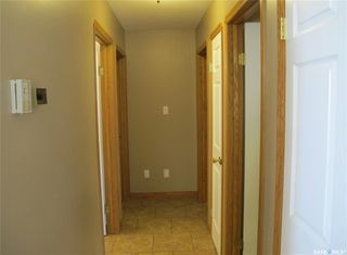 Photo 12: 408 1st Street in Lampman: Residential for sale : MLS®# SK810899