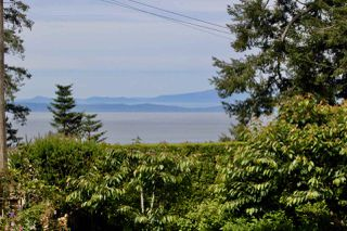 "Photo 1: 69 ENGLISH BLUFF Road in Delta: English Bluff House for sale in ""ENGLISH BLUFF"" (Tsawwassen)  : MLS®# R2465259"