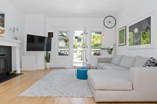 Photo 2: 2587 W 6TH Avenue in Vancouver: Kitsilano Townhouse for sale (Vancouver West)  : MLS®# R2468189