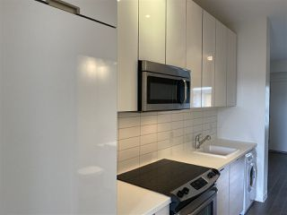 Photo 9: 617 138 E HASTINGS Street in Vancouver: Downtown VE Condo for sale (Vancouver East)  : MLS®# R2478296