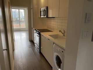 Photo 7: 617 138 E HASTINGS Street in Vancouver: Downtown VE Condo for sale (Vancouver East)  : MLS®# R2478296