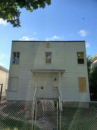 Photo 1:  in Edmonton: Zone 13 House Duplex for sale : MLS®# E4212796