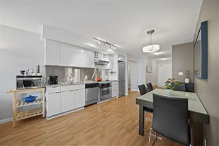 "Photo 7: 1007 788 HAMILTON Street in Vancouver: Downtown VW Condo for sale in ""TV TOWERS"" (Vancouver West)  : MLS®# R2500616"