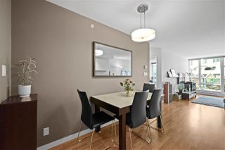 "Photo 3: 1007 788 HAMILTON Street in Vancouver: Downtown VW Condo for sale in ""TV TOWERS"" (Vancouver West)  : MLS®# R2500616"