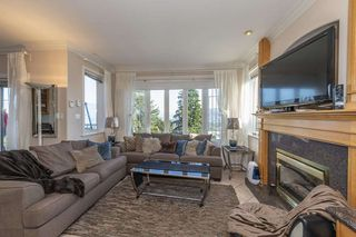 Photo 4: 211 N SEA Avenue in Burnaby: Capitol Hill BN House for sale (Burnaby North)  : MLS®# R2508386