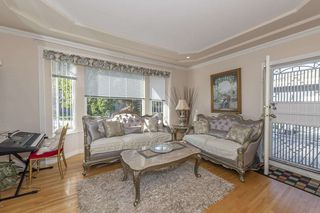 Photo 7: 211 N SEA Avenue in Burnaby: Capitol Hill BN House for sale (Burnaby North)  : MLS®# R2508386