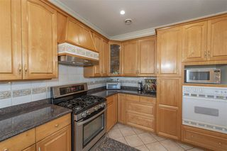 Photo 9: 211 N SEA Avenue in Burnaby: Capitol Hill BN House for sale (Burnaby North)  : MLS®# R2508386