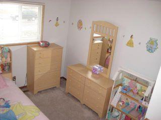 Photo 11: 189 MAPLEGLEN Avenue in WINNIPEG: Maples / Tyndall Park Residential for sale (North West Winnipeg)  : MLS®# 1105565