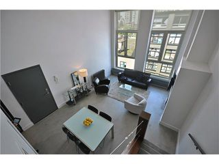 "Photo 5: PH1 869 BEATTY Street in Vancouver: Downtown VW Condo for sale in ""THE HOOPER BUILDING"" (Vancouver West)  : MLS®# V888505"