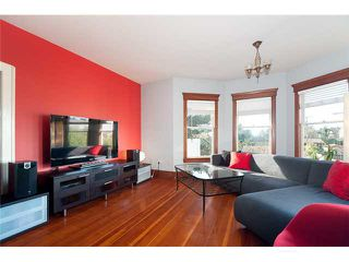 Photo 2: 2734 GLEN Drive in Vancouver: Mount Pleasant VE House for sale (Vancouver East)  : MLS®# V924249
