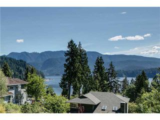 Photo 2: 2177 BADGER Road in North Vancouver: Deep Cove House for sale : MLS®# V952545
