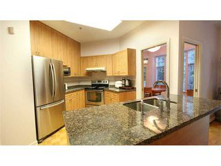 "Photo 4: # 53 5880 HAMPTON PL in Vancouver: University VW Townhouse for sale in ""THAMES COURT"" (Vancouver West)  : MLS®# V1029520"