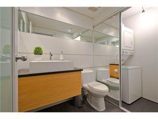 "Photo 7: 2108 YEW ST in Vancouver: Kitsilano Condo for sale in ""KITSILANO"" (Vancouver West)  : MLS®# V1043093"