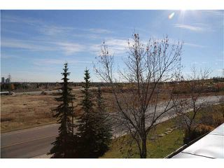 Photo 10: 5 216 VILLAGE Terrace SW in CALGARY: Prominence_Patterson Condo for sale (Calgary)  : MLS®# C3607574