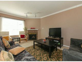 """Photo 4: 309 9942 151ST Street in Surrey: Guildford Condo for sale in """"WINCHESTER"""" (North Surrey)  : MLS®# F1412007"""