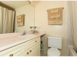 """Photo 16: 309 9942 151ST Street in Surrey: Guildford Condo for sale in """"WINCHESTER"""" (North Surrey)  : MLS®# F1412007"""
